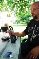 Reviewrn Landstedt. Notera koppen från geocaching.se.