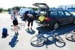 Vi gjorde oss i ordning för den närmare tre mil långa cykelturen.